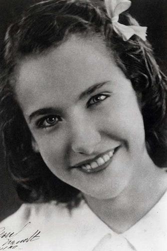 1939_Isabella_Verney